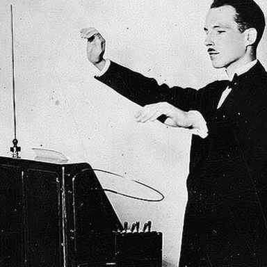 Sonoton & APM - on a spooky journey performing with the Theremin